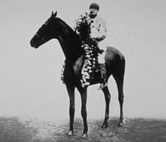 Worth. 1912 Kentucky Derby winner; put down after a race later that year after sustaining severe injuries. Jockey: Carol Shilling. Winning time: 2:09 2/5