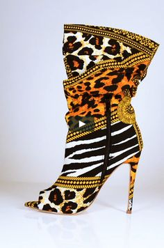 High Heel Boots, Bootie Boots, Shoe Boots, High Heels, Shoes Sandals, Hot Shoes, Crazy Shoes, Me Too Shoes, Mode Inspiration