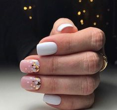 Want some ideas for wedding nail polish designs? This article is a collection of our favorite nail polish designs for your special day. Read for inspiration Cute Nails, Pretty Nails, My Nails, Solid Color Nails, Nail Colors, Holographic Nails, Gradient Nails, Stiletto Nails, Acrylic Nails