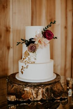 Anthropologie Inspired Tennessee Wedding at Allenbrooke Farms Elegant wedding cake featuring gold flecks and romantic blooms Peacock Wedding Cake, Blush Wedding Cakes, Wedding Cake Prices, Floral Wedding Cakes, Fall Wedding Cakes, Elegant Wedding Cakes, Wedding Cake Designs, Wedding Cake Toppers, Rustic Wedding