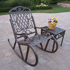 Love iron benches & rockers!