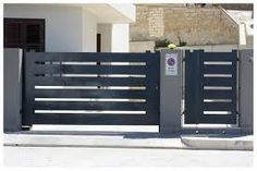 Awesome Useful Tips: Concrete Fence Architecture brick fence design.Cheap Fence Vines dog fence and gates. Dog Fence, Front Yard Fence, Fenced In Yard, Glass Fence, Concrete Fence, Bamboo Fence, Cedar Fence, Fence Landscaping, Backyard Fences
