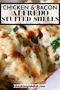 These Chicken and Broccoli Alfredo Stuffed Shells are easy and delicious! Stuffed with ricotta cheese, chicken and broccoli and covered in a decadent Alfredo sauce that has been lightened up, families all over will go nuts for this dish! #chicken #broccoli #stuffedshells Bacon Pasta Recipes, Best Pasta Recipes, Ww Recipes, Easy Chicken Recipes, Cooking Recipes, Weekly Recipes, Chicken Alfredo Stuffed Shells, Chicken Broccoli Alfredo, Stuffed Shells Recipe