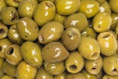 Moroccans serve pickled olives as appetizers, with breakfast, and as an accompaniment to any main dish. They are also an ingredient in many tagines. Types Of Olives, Pickled Olives, Grass Fed Meat, Olive Recipes, Starchy Vegetables, High Fat Diet, Plain Greek Yogurt, Fish Dishes, Foods To Eat