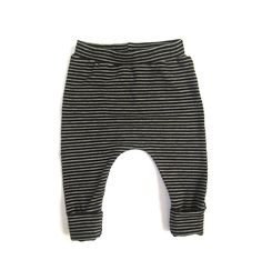Comfy pants for kids. Pantalones cómodos para jugar. www.amamillo.com. Baby merino wool striped pants. By lucysplace, $39.00