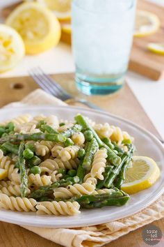 Lemon Cream Sauce Pasta with Asparagus and Peas from @tasteandtell