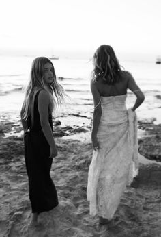 LA BESPOKE BRIDE EDITORIAL IN IBIZA • LILITH from Odylyne The Ceremony and black JULIETTE from A La Robe exclusively at LA BESPOKE in the U.K. Shot by ALLI OUGHTRED