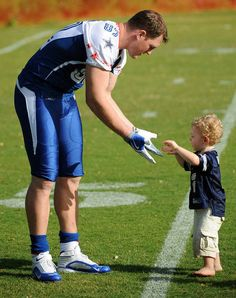 Jason Witten and his son