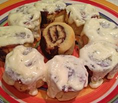 OMG! Low Carb moist cinnamon rolls!!!! And the blog's second anniversary!