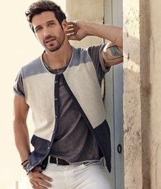 Kotty is growing online shopping store in India for men. Buy mens clothing with us and get attractive discount and offers on every online purchasing.