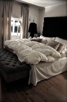 Amazing bedroom.
