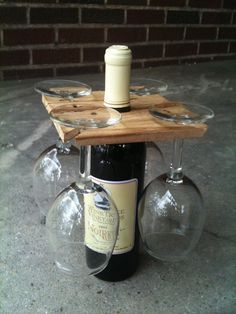 Party of Four hardwood rack for wine bottle and four glasses. Salvaged wood or DIY Glass Holders, Bottle Holders, Wine Bottle Glass Holder, Wine Bottle Display, Cork Holder, Homemade Gifts, Diy Gifts, Homemade Wine, Best Housewarming Gifts
