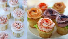 Cupcakes roses romantiques et comme un bouquet de cupcakes