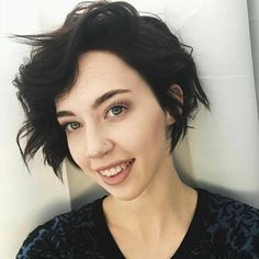 "5,288 tykkäystä, 20 kommenttia - Short Hairstyles  Pixie Cut (@nothingbutpixies) Instagramissa: ""How freakin cute is @hairbyrebeccacampbell cut/colour by @jacobhkhan of @jacobkhair"""