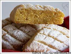 Biscuits à la farine de pois chiche et à la rose
