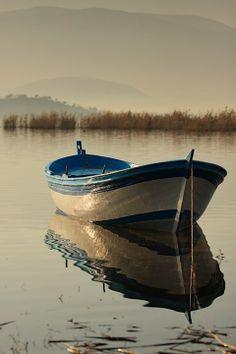 Watercolor Paintings, Watercolor Prints - Watercolorist - N Old Boats, Small Boats, Sailboat Painting, Boat Art, Wooden Boats, Water Crafts, Fishing Boats, Belle Photo, Kayaking