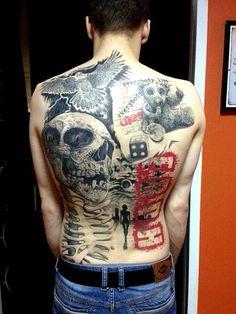 Татуировка в стиле треш - полька (спина) с изображением черепа, сокола, плюшевого мишки и девушки