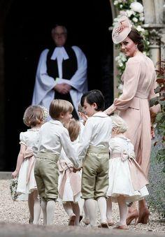 Kate Middleton e o cortejo  (Foto: Getty Images)
