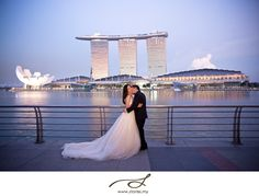 Stumped when thinking of a perfect location for your pre-wedding photo shoot? You'll be stunned at the plenty of locations in Singapore and how they are jam-packed with beauty. Whether you li…The Effective Pictures We Offer You About Pre-wedding Phot Wedding Sand, Wedding Prep, Wedding Vows, Wedding Dresses, Photoshoot Makeup, Pre Wedding Photoshoot, Wedding Shoot, Wedding Pictures, Wedding Photography