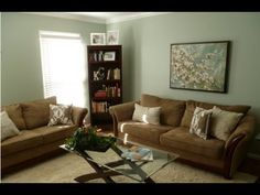 These are some ideas for decorating your home with class but without breaking the bank.  Aka:  VERY CHEAP!  Everything you see in this video was either from the Dollar Tree or thrifted.    MY FACEBOOK: http://www.facebook.com/DoItOnADime    MY PINTEREST: http://pinterest.com/kathryn585/