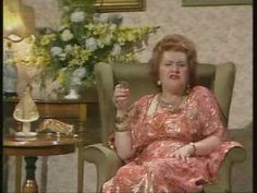 Kitty 3 - with Patricia Routledge, on Victoria Wood as seen on tv Victoria Wood Quotes, Fess Parker, English Comedians, Live Comedy, Comedy Acts, British Comedy, Vintage Tv, British Actresses, See On Tv