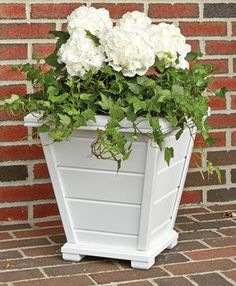 1000 images about planters on pinterest window box for Tapered planter box plans