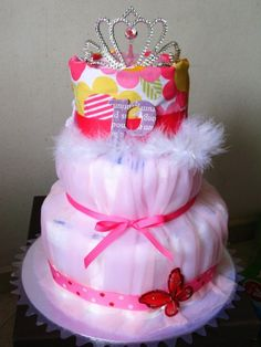 Google Image Result for http://pregnancy.thefuntimesguide.com/images/blogs/princess-diaper-cake-by-Siti_Saad.jpg