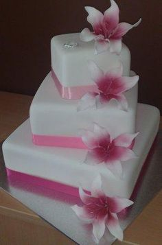 Google Image Result for http://weddings-place.com/wp-content/uploads/2011/11/3-Tier-Wedding-Cakes-1.jpg