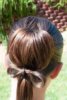 Tied Updo @ Princess Piggies and it includes an instructional video.