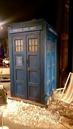 Avant Garde Film, Classic Doctor Who, Jelly Babies, Doctor Who Tardis, Police Box, Blue Box, Dr Who, Building Plans, Peeps