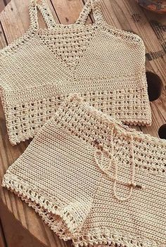 42 Free Boho Summer Top Crochet Patterns 2019 - Page 7 of 42 - womenselegance. Crochet Shorts Pattern, Crochet Tank Tops, Crochet Summer Tops, Crochet Patterns Free Tops, Débardeurs Au Crochet, Crochet Woman, Crochet Bikini, Crochet Bathing Suits, Baby Bikini