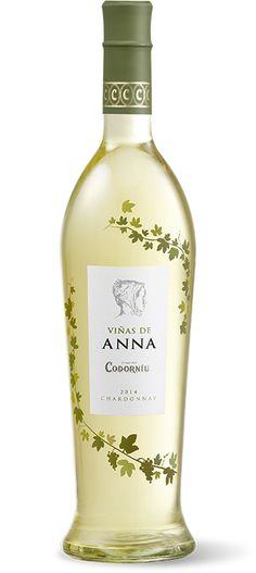 "Codorniu Viñas de Ana Chardonnay 2014. DO Penedès. ""Smells of fresh citrics, mouthful and creamy, ending with ripe grapes flavour"". My rating: 3.5/5* #wine #winelover"
