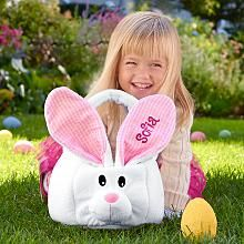 Find Easter gifts for kids at Personal Creations. Shop Personalized Easter baskets, cute plush bunnies, candy and more. Get off your Easter gift today! Fluffy Bunny, Bunny Plush, Easter History, Jüngstes Kind, Ideias Diy, Diy Easter Decorations, Egg Decorating, Egg Hunt, Easter Baskets