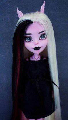 Monster high repaint doll sweet beauty girl ooak doll repaint