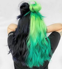 Image in hair🌹💯 collection by on We Heart It Cute Hair Colors, Pretty Hair Color, Hair Dye Colors, Vivid Hair Color, Cabello Opal, Split Dyed Hair, Dyed Hair Blue, Hair Color Streaks, Punk Hair Color