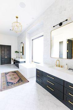 8 Black Bathroom Cabinet Ideas That You'll Want to Copy Now Black Cabinets Bathroom, White Bathroom, Modern Bathroom, Master Bathroom, Black Bathrooms, Black Vanity Bathroom, Country Bathrooms, Black And Gold Bathroom, Half Bathrooms