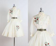 Topsey Originals . vintage 1960s dress . vintage shirt dress . 5042