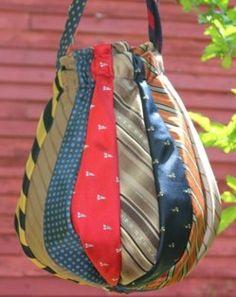 Faire un sac cravate, des modèles, des tutos !                                                                                                                                                      Plus