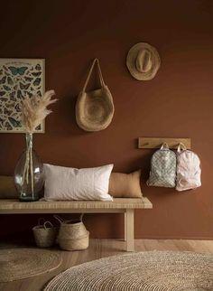 Déco : Miel ambré, la couleur de l'année - Frenchy Fancy - home dekoration Cheap Diy Home Decor, Living Room Designs, Living Room Decor, Bedroom Decor, Bedroom Colors, Modern Bedroom, Home And Deco, Fancy, Home Decor Accessories