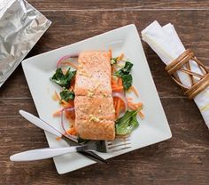 Prepare this #Ginger #Sesame #Salmon with ease using #ReynoldsWrap.