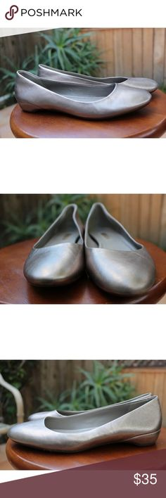 ECCO 7.5 Slip On Ballet Flats Silver In great condition! Ecco Shoes Flats & Loafers