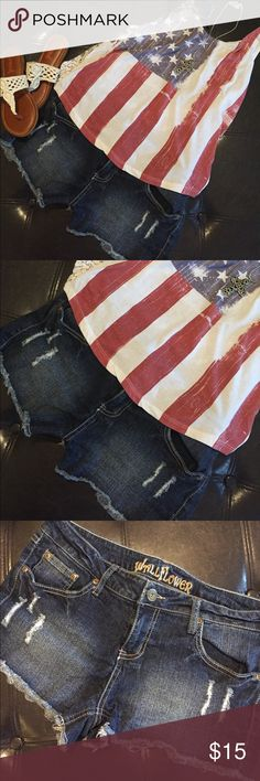🇺🇸DISTRESSED JEAN SHORTS🇺🇸 🇺🇸LIKE NEW!! Super cute distressed jean shorts. Have some stretch to them. 🇺🇸 Wallflower Shorts Jean Shorts