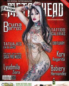 A nossa tatuada brasileira @brunabarrostattoo levando a beleza da mulher brasileira para a Capa da Revista Metal Head internacional! #Girl #GirlsWIthTattoos #Inked #Tattoo #TattooedGirls --------------------------------- Booom diiiaaa pra quem acordou CAPA DE REVISTA GRINGA!!!!!  É com muito amor e alegria que venho dividir com vcs!!!! O convite maravilhoso que recebi pela Revista Internacional Metal Head para ser a mais nova capa em comemoração de 15 anos da revista!!! Infelizmente ela só…