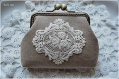 purse with lace
