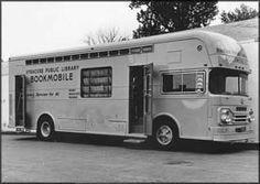 Syracuse Public Library's first bookmobile is placed in service, Old Libraries, Little Free Libraries, Bookstores, I Love Books, Books To Read, Kickin It Old School, Library Week, Before I Forget, School Memories