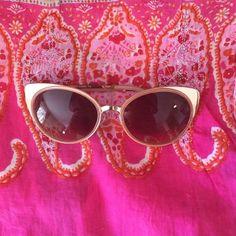 Cream colour sun glass Brand new fashion sun glass Forever 21 Accessories Sunglasses