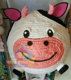 #Piñata #Vaca si el tema de tu fiesta es La Granja en #VivaPiñataFactory podemos hacer cualquier animal pero con un toque divertido ✂