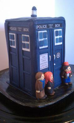 Dr. Who / Tardis Cake
