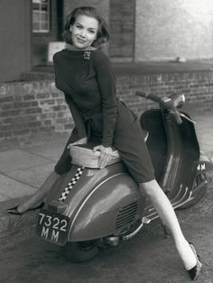 Bond girl Honor Blackman, Vespa