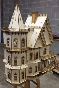 Leon Gothic Victorian Mansion Dollhouse Half Inch 1 24 Scale Kit for sale online Graveuse Laser, Laser Cut Wood, Laser Cutting, Laser Art, Laser Cutter Ideas, Laser Cutter Projects, Dollhouse Design, Dollhouse Kits, Woodworking Jigs